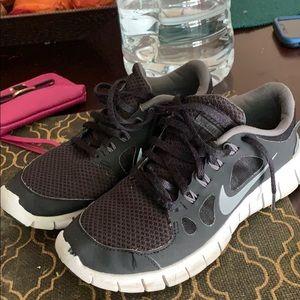 Nike Shoes 4Y